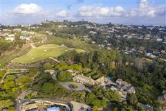 Luxury homes renowned residence on 32 prime acres