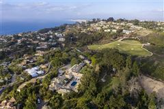 Luxury real estate renowned residence on 32 prime acres
