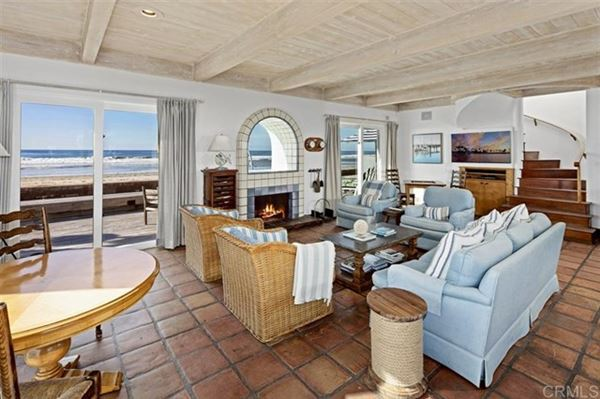 Luxury homes an idyllic beach haven in del mar