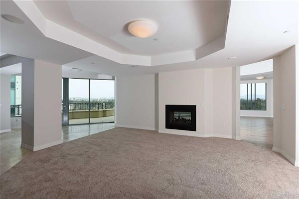 Luxury homes in Penthouse 5 at Park Laurel