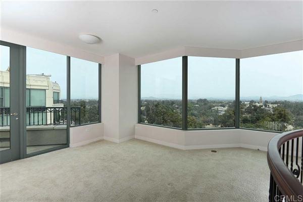 Luxury homes Penthouse 5 at Park Laurel