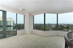 Penthouse 5 at Park Laurel mansions