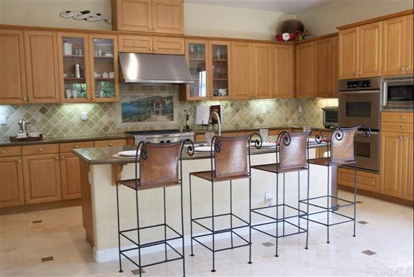 Luxury real estate executive home in Rancho Carrillo
