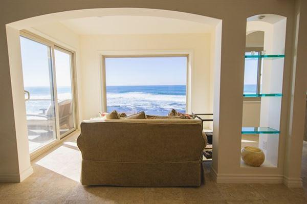 a Spectacular ocean front condo luxury homes
