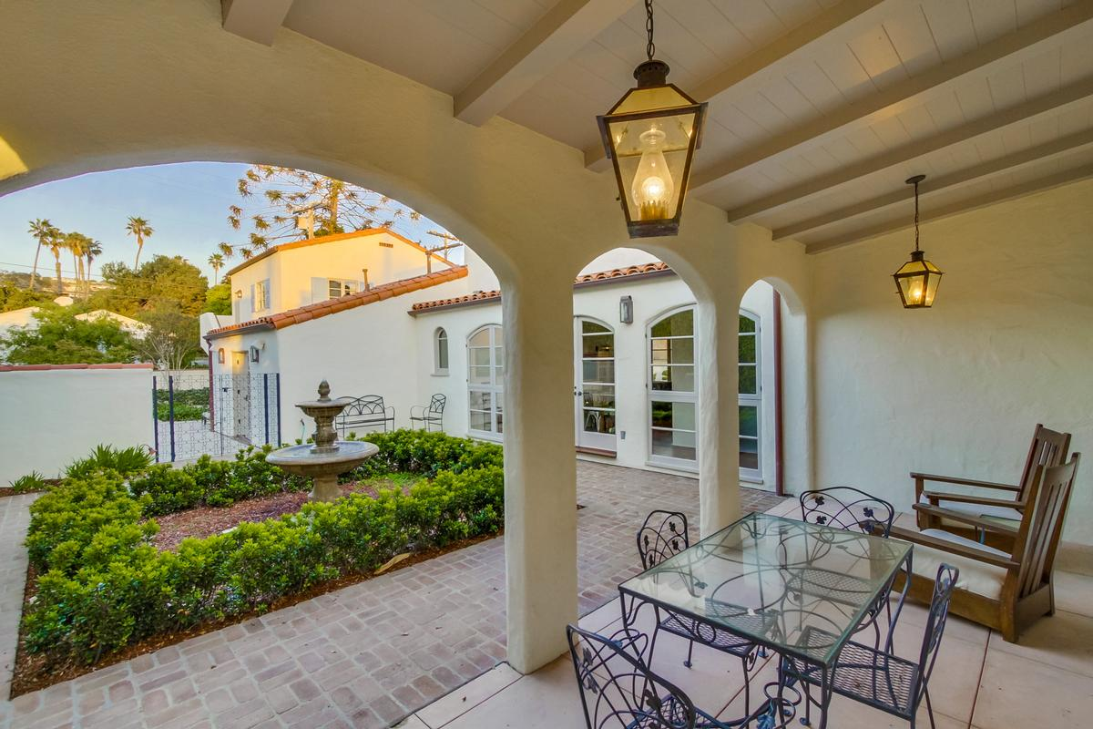Stunning Spanish Colonial luxury homes