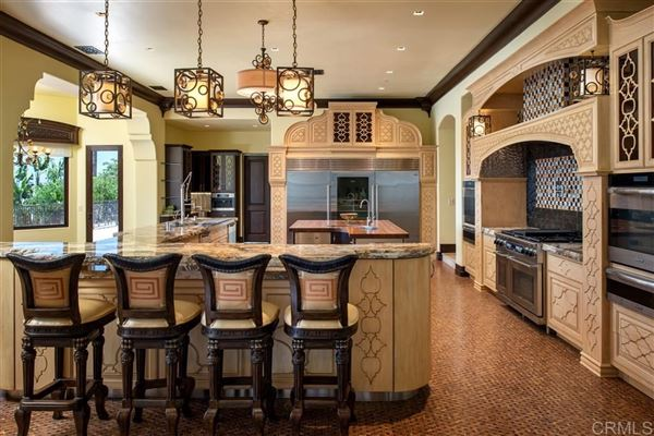 Luxury real estate significant luxury estate in Fairbanks Ranch