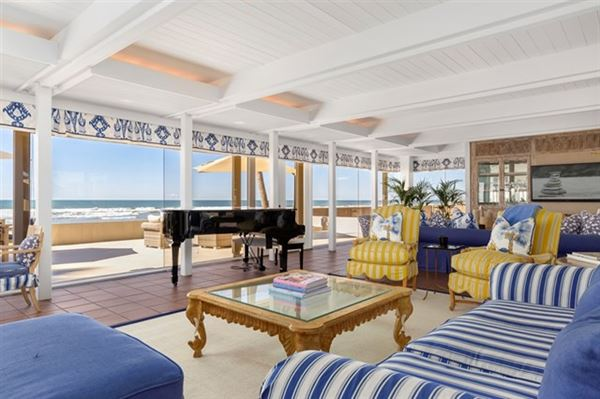 oceanfront compound that represents the best of San Diego mansions