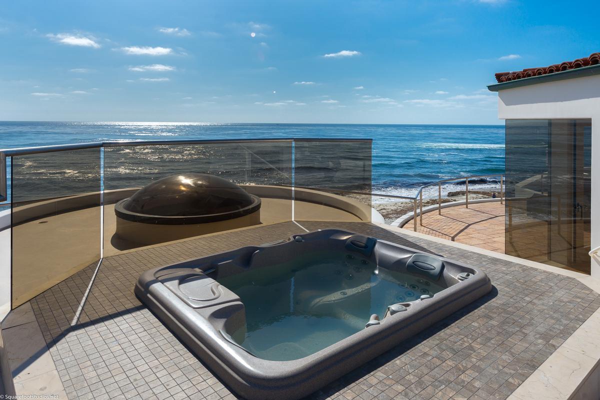oceanfront La Jolla home mansions