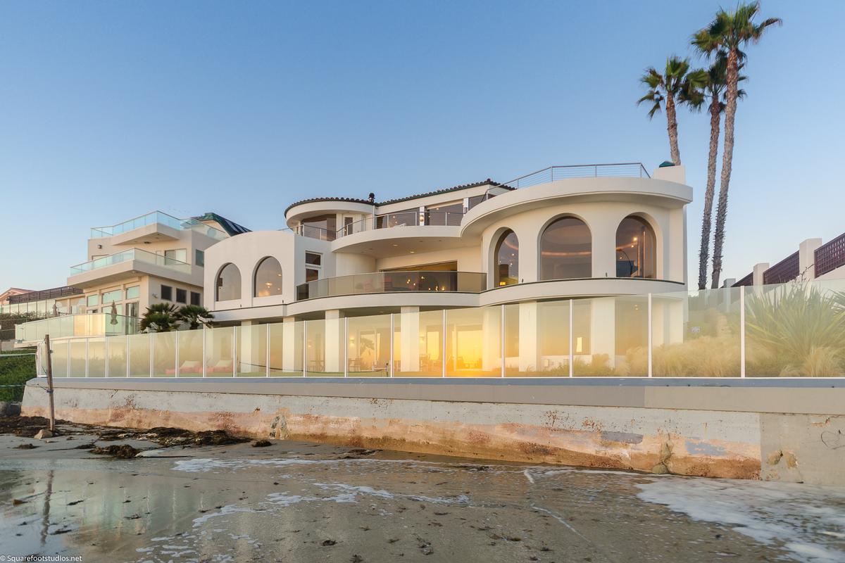Luxury properties oceanfront La Jolla home
