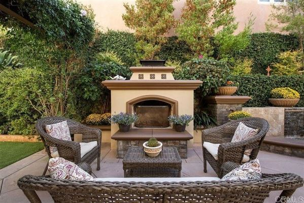 Beautiful Santa Barbara style home luxury real estate