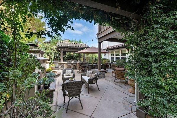 Beautiful Santa Barbara style home luxury properties