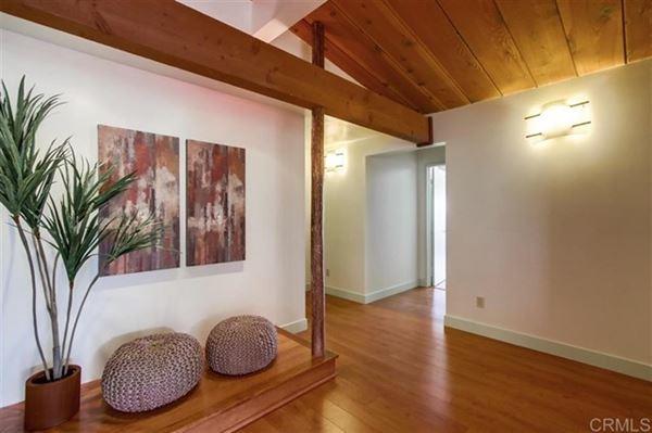 Luxury properties Single story ranch house