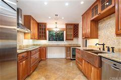 Luxury homes in Rancho Santa Fe covenant rental at great value