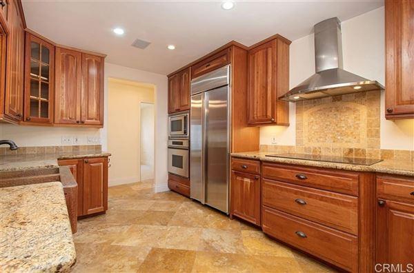 Luxury homes Rancho Santa Fe covenant rental at great value