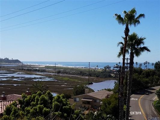 Luxury real estate Immaculate Whitewater Ocean View Twinhome