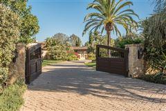 Mansions in private oasis in prime Rancho Santa Fe Covenant location