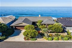 OCEANFRONT LIVING AT ITS BEST mansions