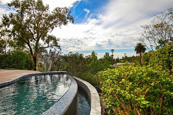Mansions Picture perfect single level home with incredible outdoor entertaining area