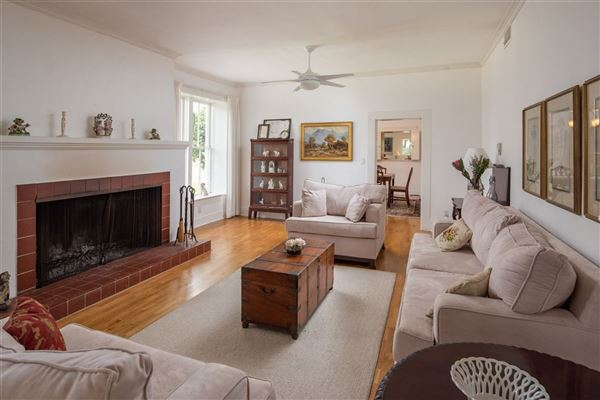 Luxury homes breezeway ranch