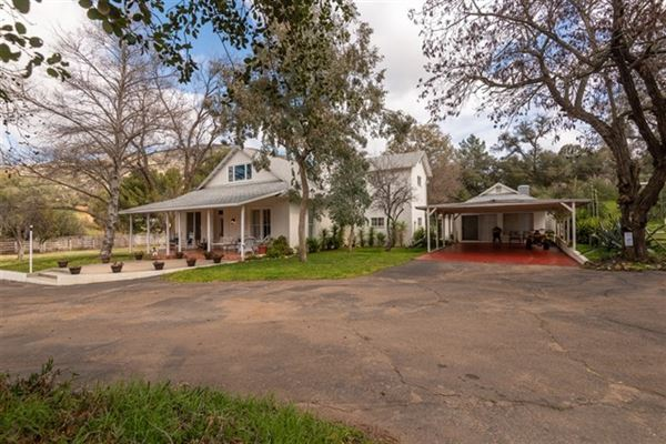 Luxury homes spectacular ranch with endless possibilities and opportunities
