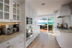 Luxury homes ocean front homE available for vacation or long term rental