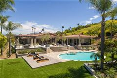 Welcome to this single level estate mansions