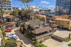 Mansions most iconic location in La Jolla
