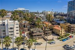 Mansions in most iconic location in La Jolla