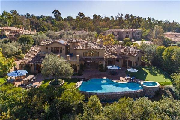 sophisticated home in the Bridges in Rancho Santa Fe luxury properties