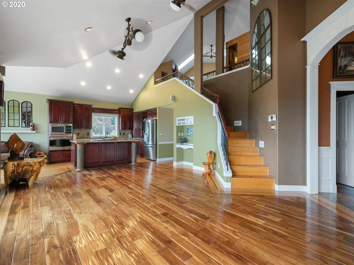 20 Acre estate  luxury real estate
