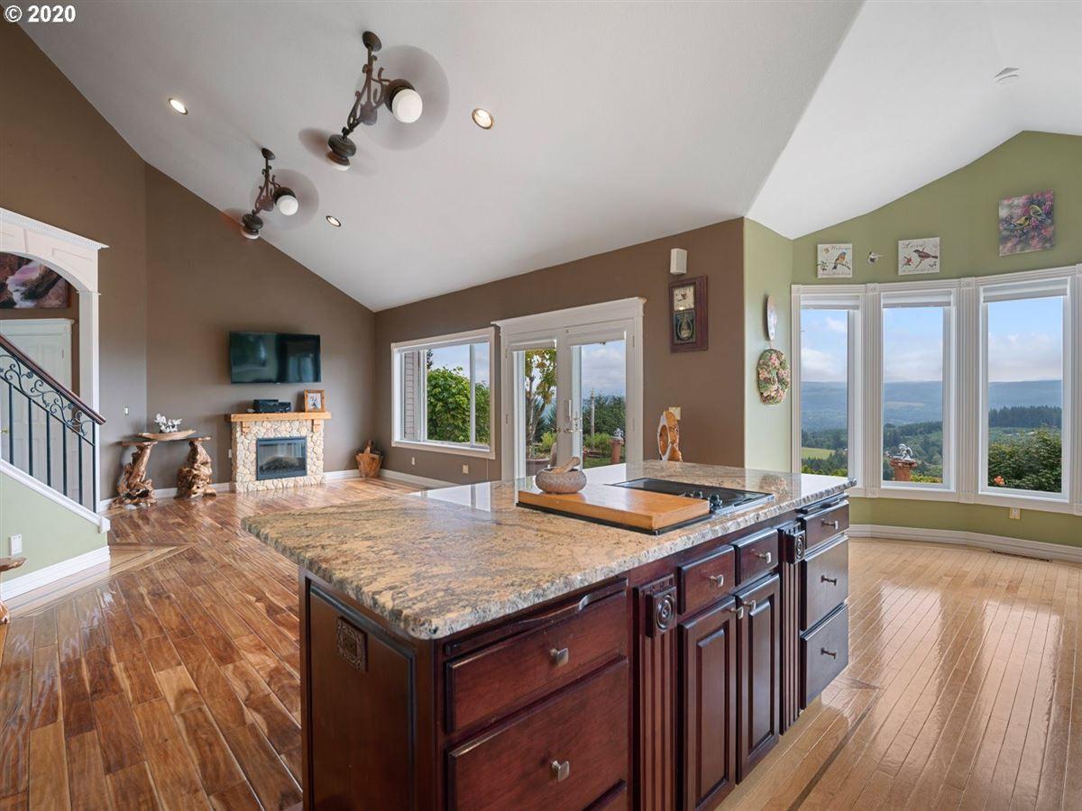 Luxury properties 20 Acre estate