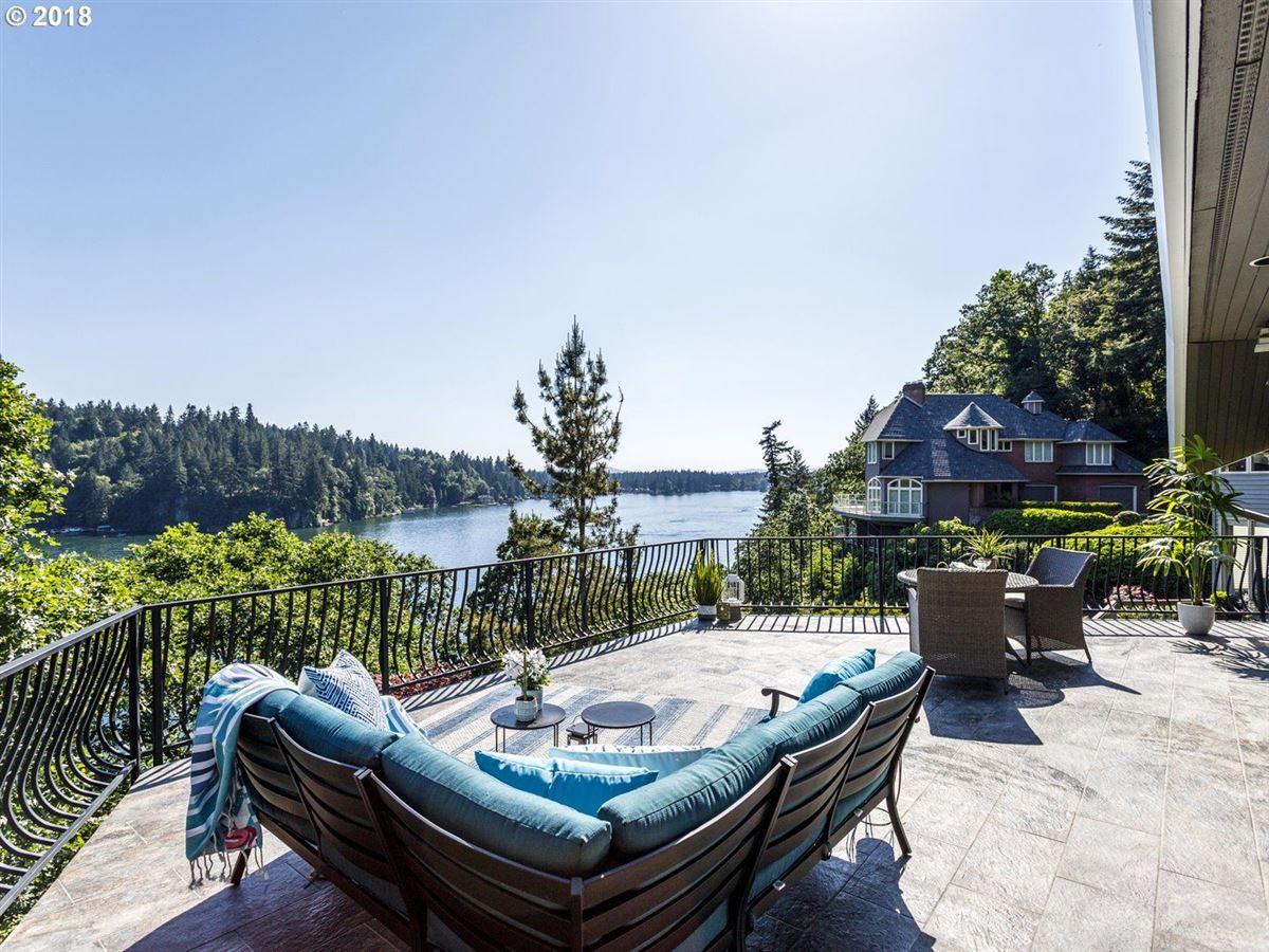 this stunning home shines luxury properties