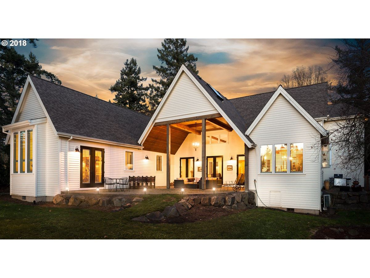Mansions beautiful custom home in highly desirable Forest Highlands