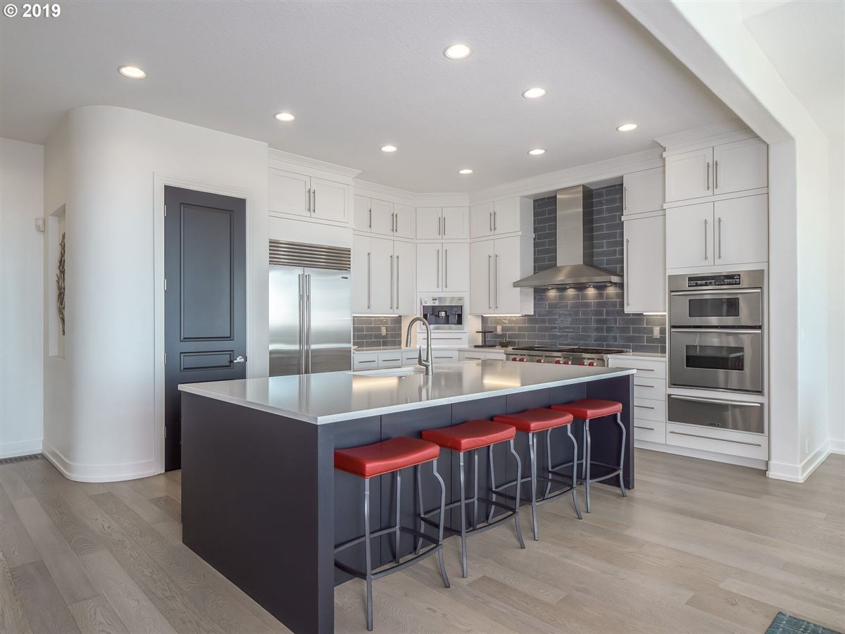 stunning renovation in the Northwest Heights Oregon luxury real estate