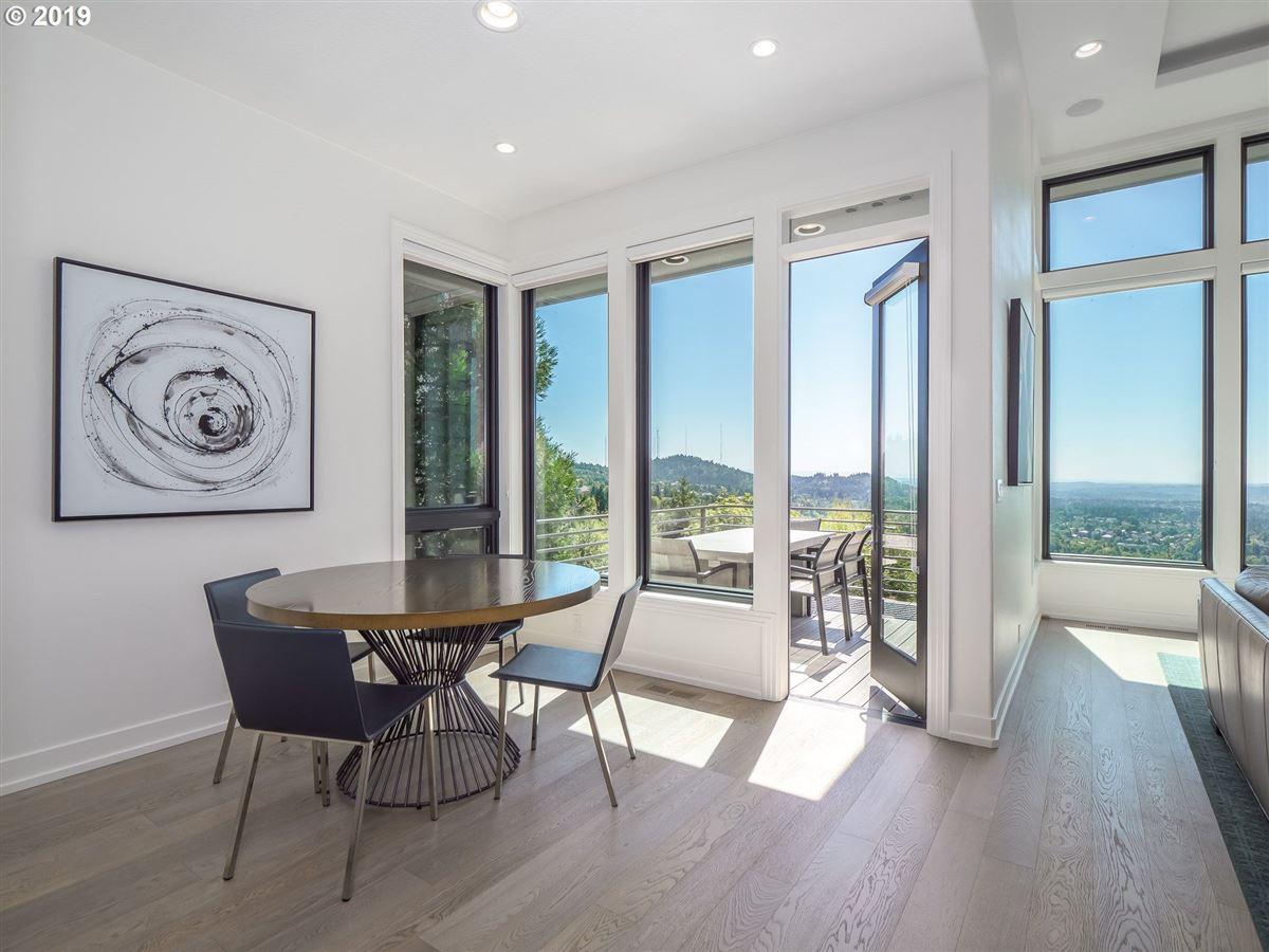 stunning renovation in the Northwest Heights Oregon luxury properties