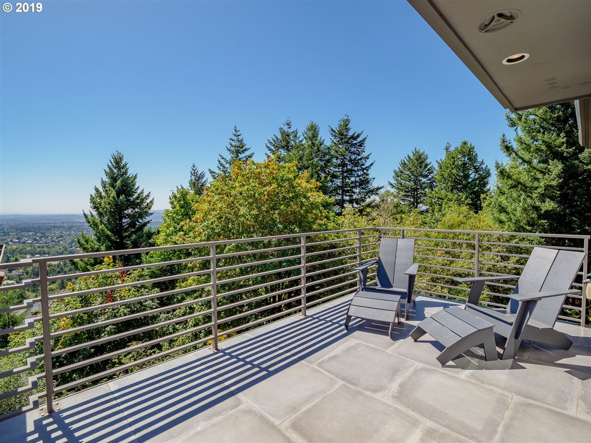 Luxury real estate stunning renovation in the Northwest Heights Oregon
