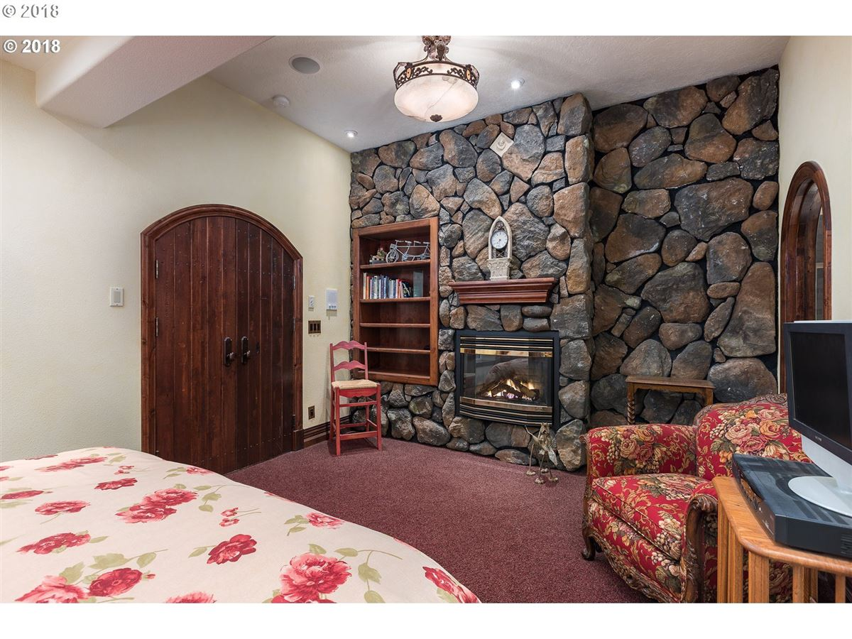 Luxury homes in Storybook oceanfront villa estate