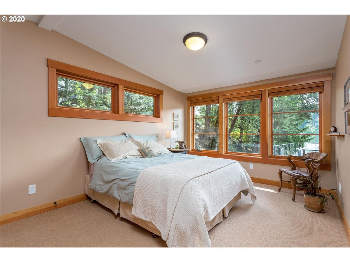 Northwest contemporary meets luxurious lodge luxury homes