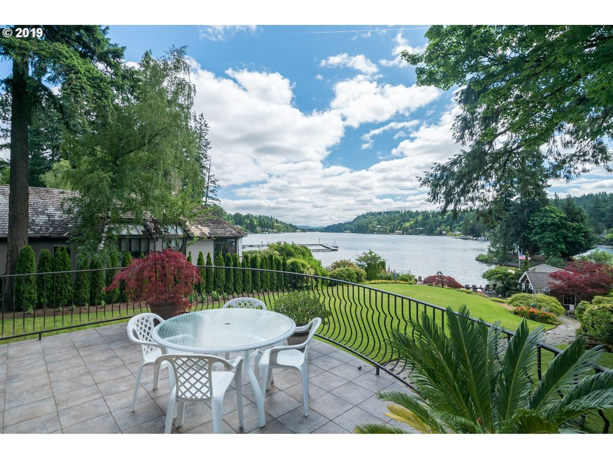 Luxury properties Amazing waterfront sanctuary