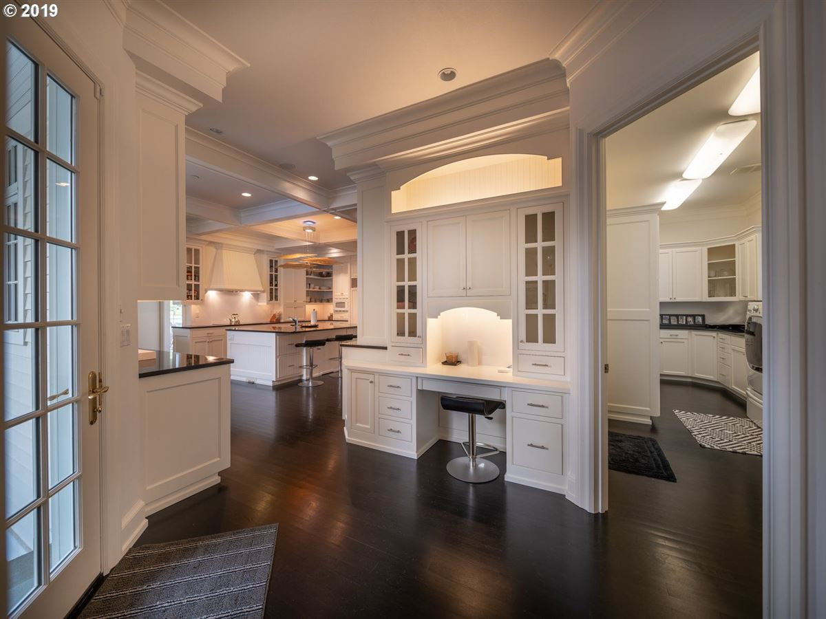 serene modern farmhouse luxury properties