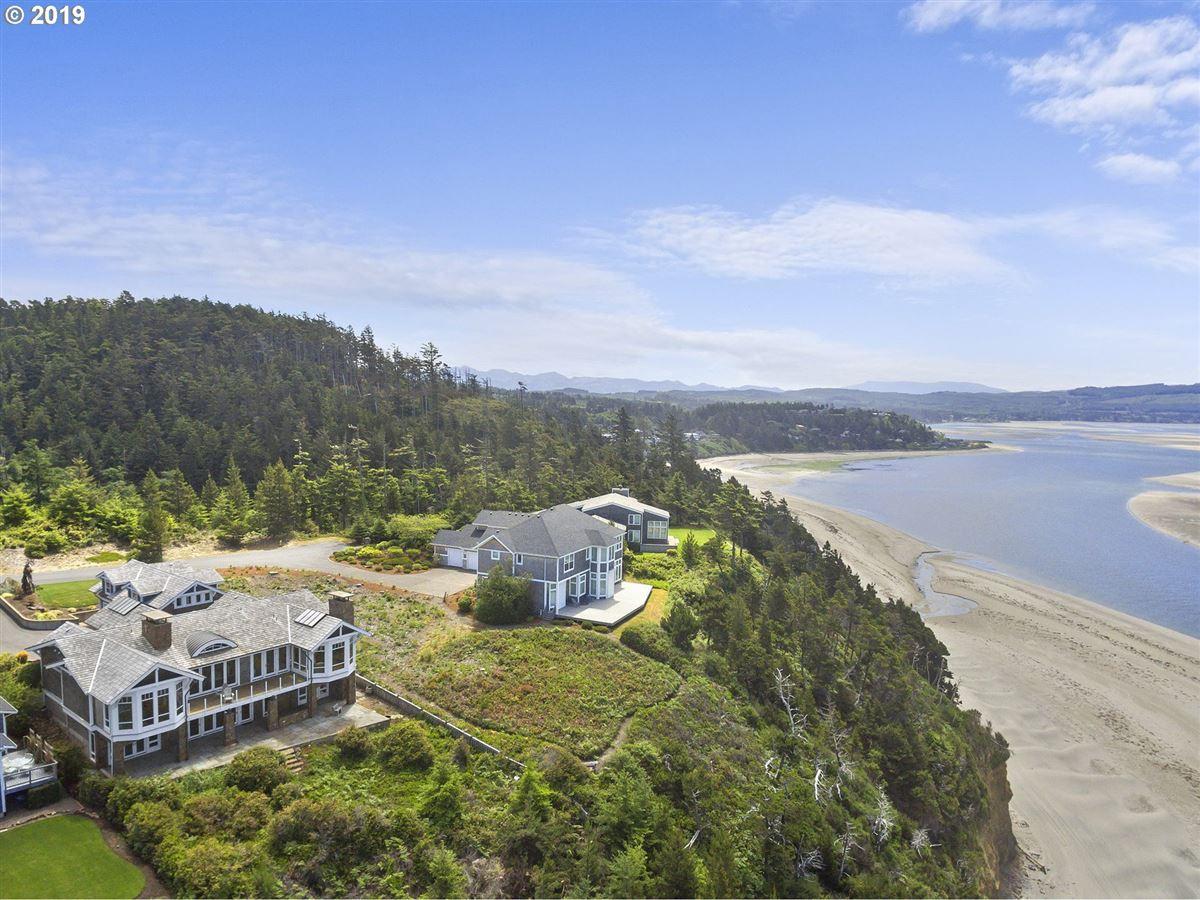 exquisitely built craftsman masterpiece luxury homes