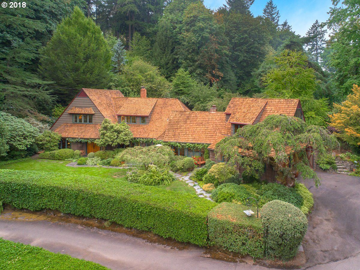 STORYBOOK ENGLISH COTTAGE | Oregon Luxury Homes | Mansions For Sale