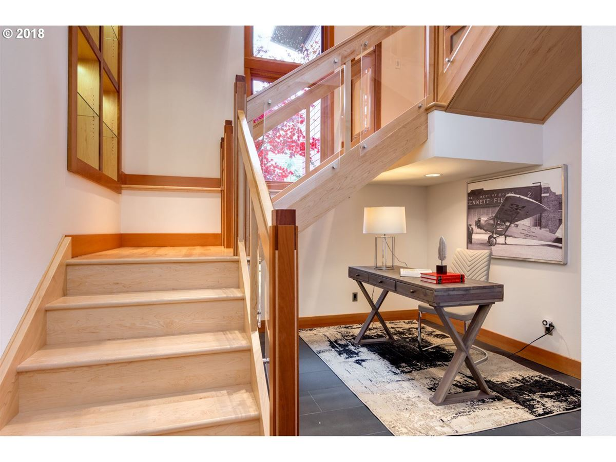 a great home in Lake Oswego luxury properties