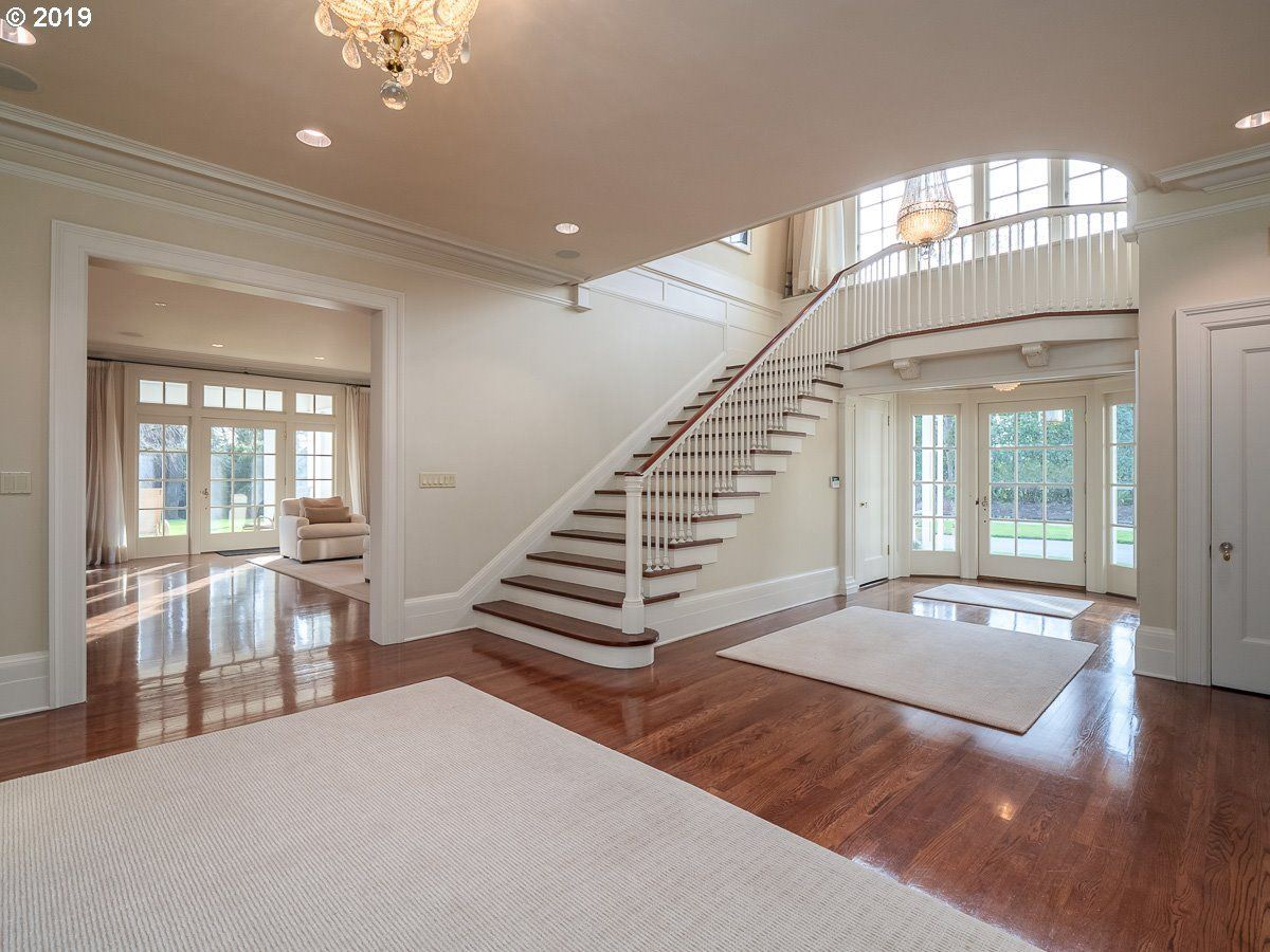 Luxury real estate Iconic historical beauty in esteemed Dunthorpe