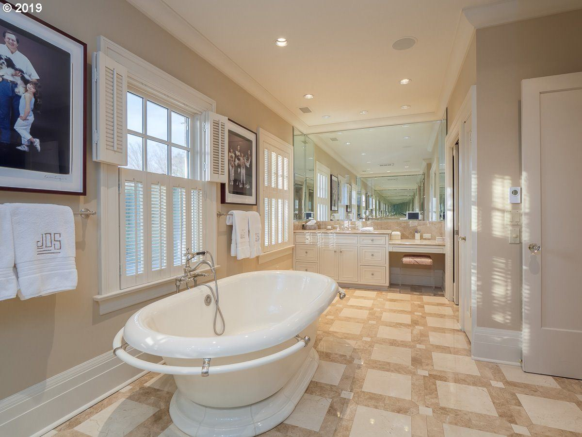 Iconic historical beauty in esteemed Dunthorpe luxury properties