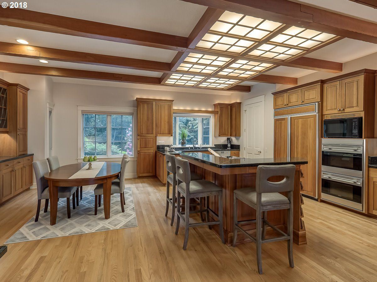 a Serene private location in Portland luxury properties