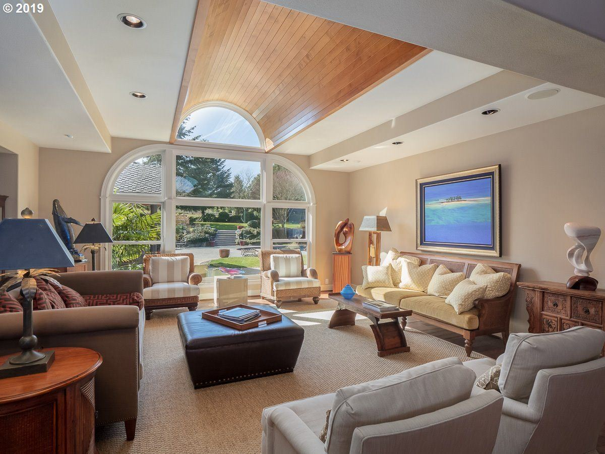 One level living at its best luxury homes
