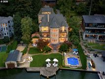 Luxury real estate breathtaking lakefront estate