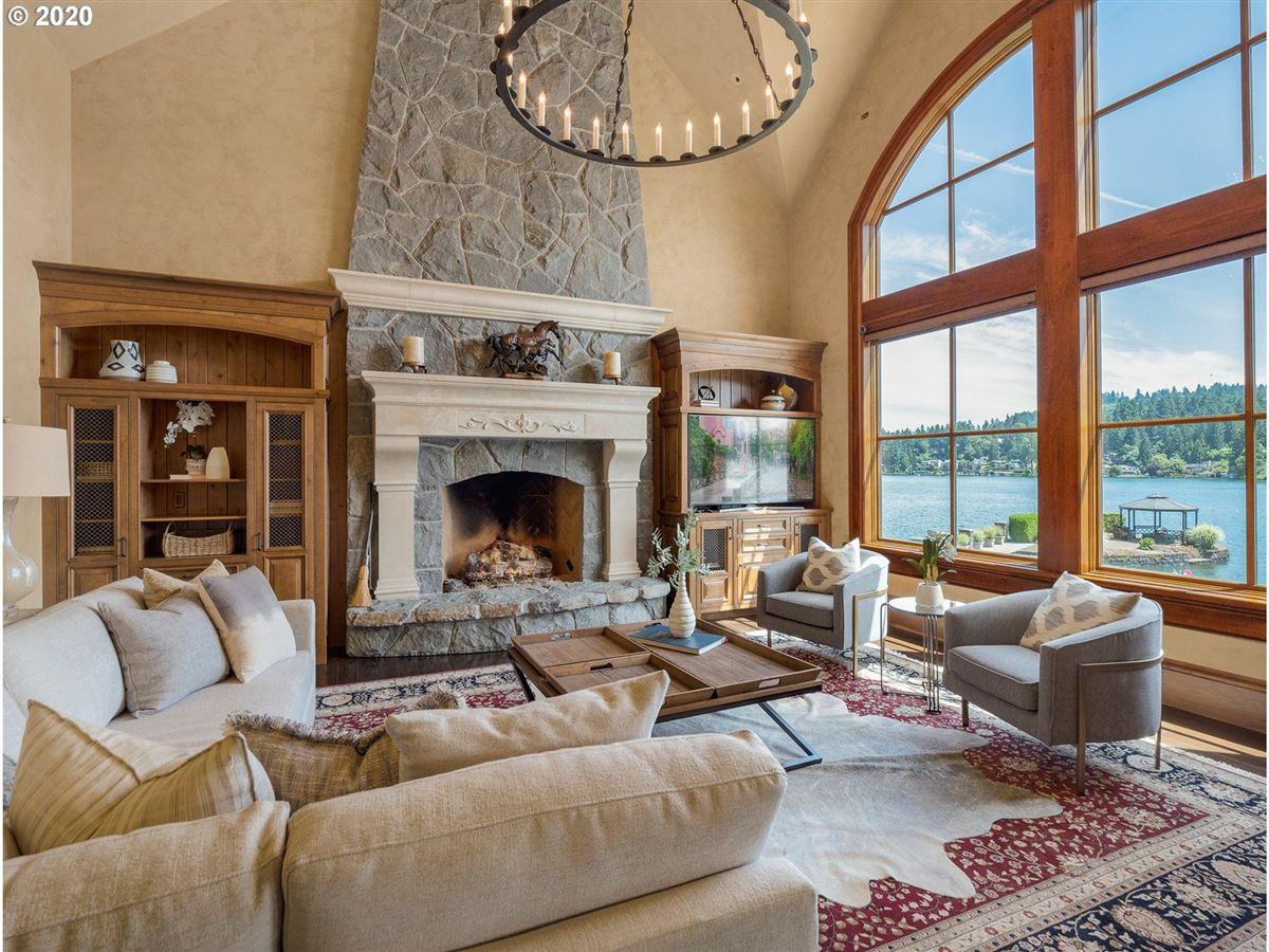 the Jewel of Lake Oswego luxury homes