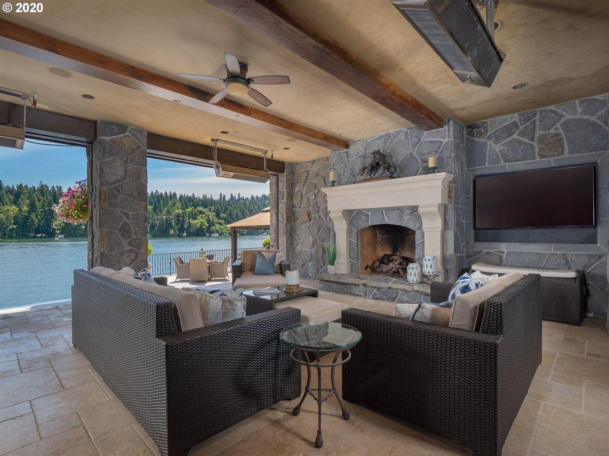 the Jewel of Lake Oswego luxury properties